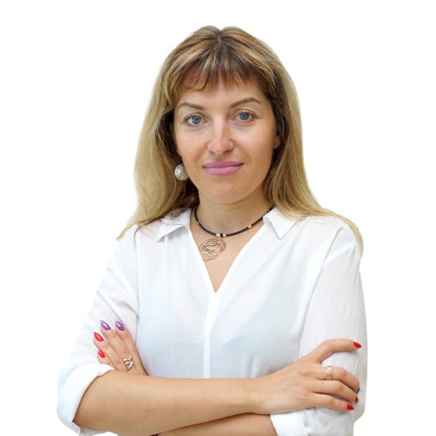 Полинек Юлия